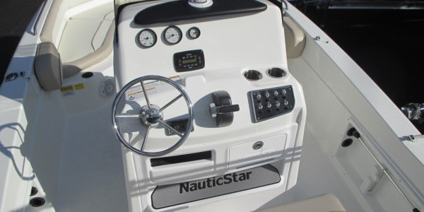 2016 NAUTIC STAR 211 YAMAHA 150 022 e1482412516217 600x300 nautic star boat wiring diagram wiring diagrams 2015 Nautic Star 2200 XS at readyjetset.co