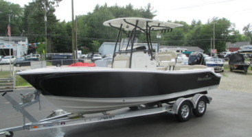 2017 NauticStar 2302 Legacy Center Console