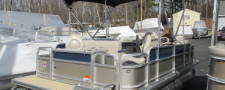 2017 BERKSHIRE 220 F FISHING PONTOON WITH 70 HP YAMAHA