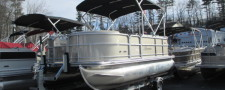 2017 BERKSHIRE 217 CR PONTOON BOAT W/ 40 HP YAMAHA