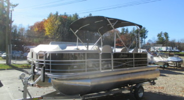 2017 Berkshire Bar Pontoon (22E)
