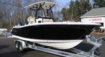 2017 NauticStar 2602 Legacy with Twin 200HP Yamaha Motors