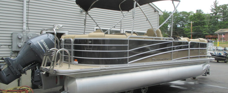 2018 Berkshire 23E Bar Boat Black and Bronze 001