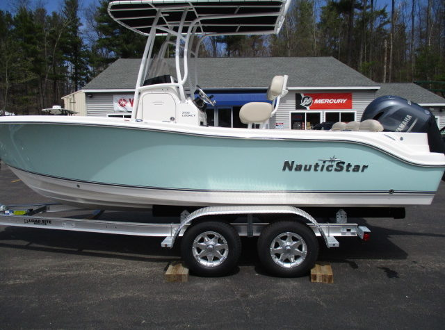 2017 NAUTIC STAR 2102 GREEN 006