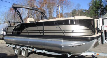 2020 Berkshire 23SB2 3.0 w/Mercury 200HP